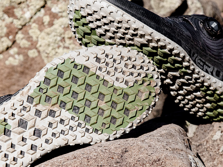 Tread and outsole of the Saucony Switchback ISO
