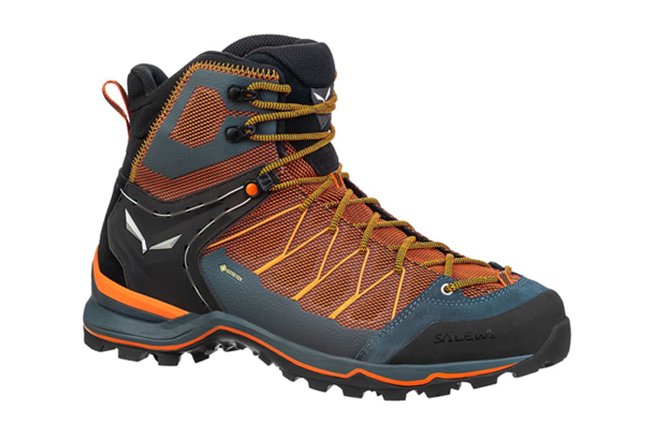 Fall hiking gear boots Salewa Mountain Trainer Lite Mid GTX Hiking Boot