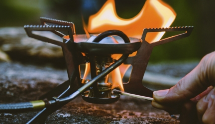 How to Use a Liquid Fuel Stove: MSR Whisperlite Universal
