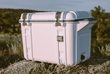 Deals of the Day: 20% Off Coolers and Tumblers at OtterBox